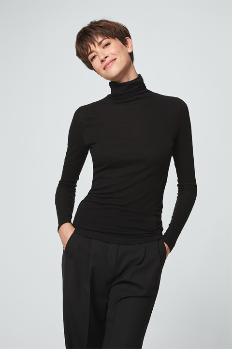 Turtleneck-Pullover in Schwarz
