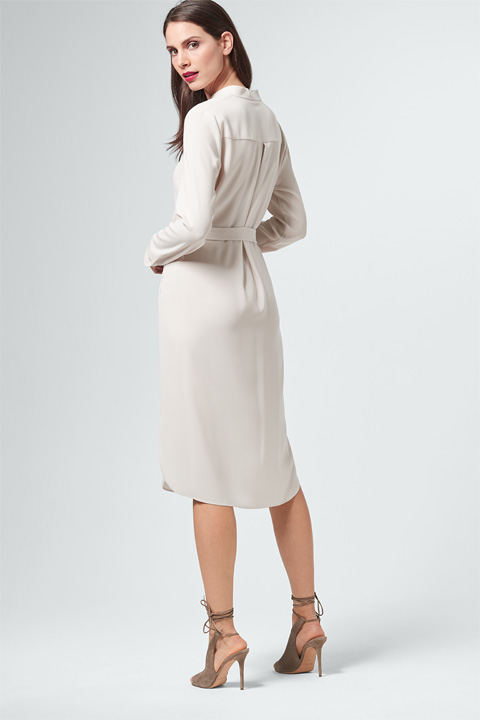 Crêpe-Kleid in Light Beige