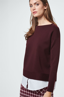 Pullover mit Blusendetail in Bordeaux