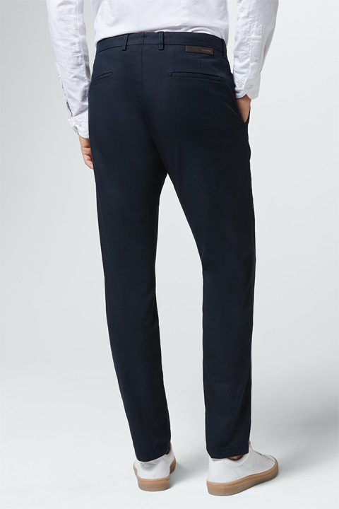 Chino Luino in Navy