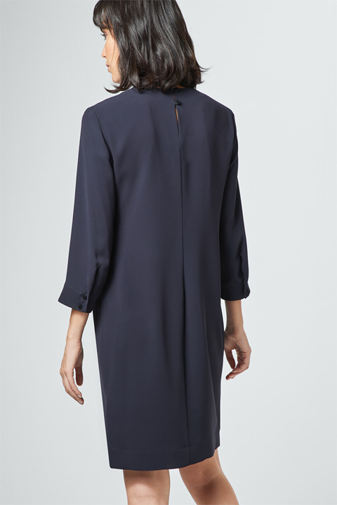 Crêpe-Kleid in Navy